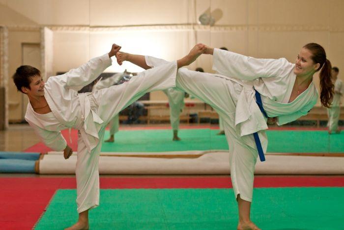 אימון בנות בקראטה