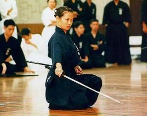 אימון קאטה איאיידו - עם חרב יפנית מסורתית - קטאנה