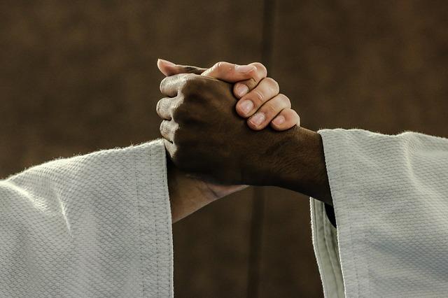 החשיבות של אחיזה חזקה עבור BJJ וג'ודו ג'וג'יטסו ברזילאי