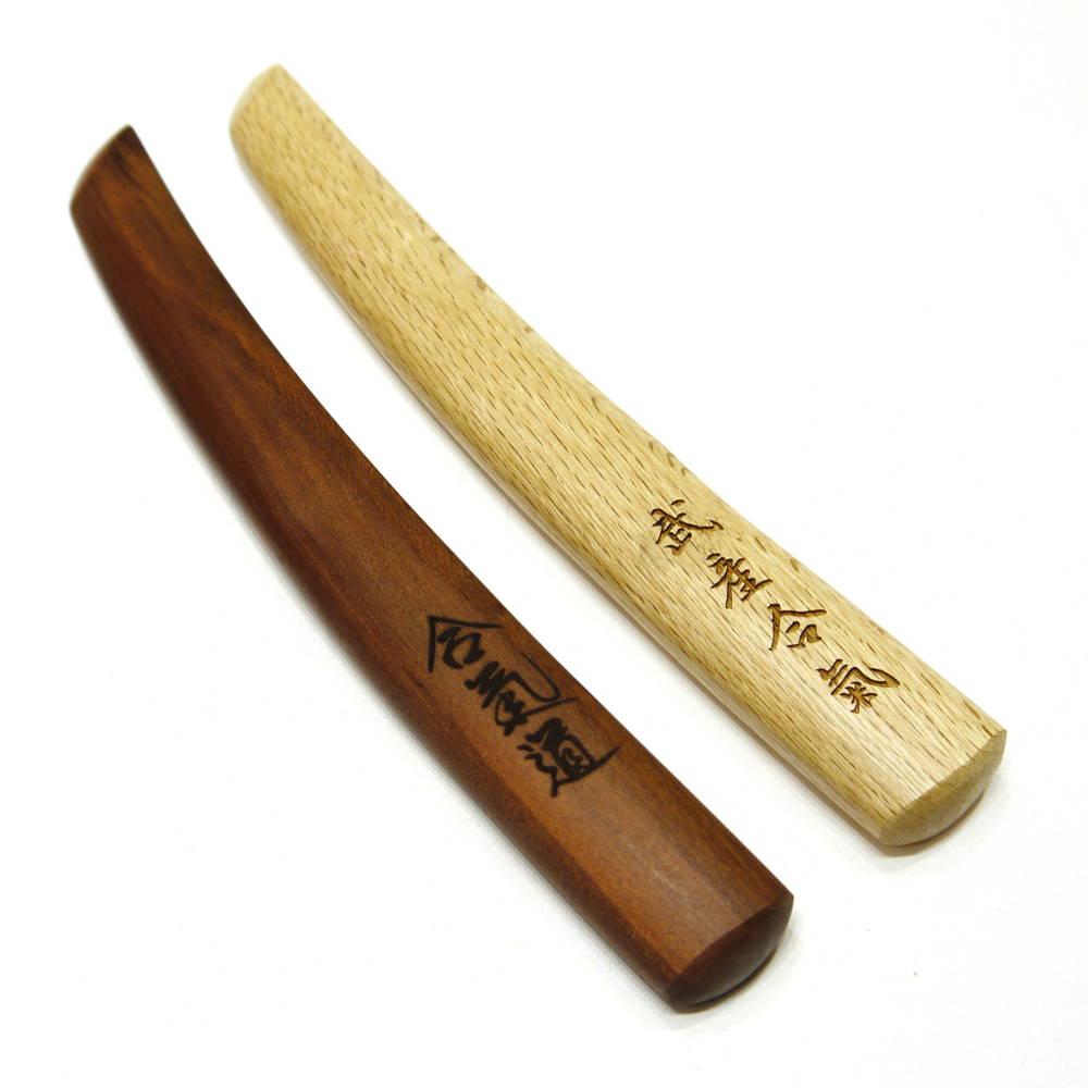 סכין טנטו מעץ לאימוני נשק באייקידו ואומנויות לחימה יפניות