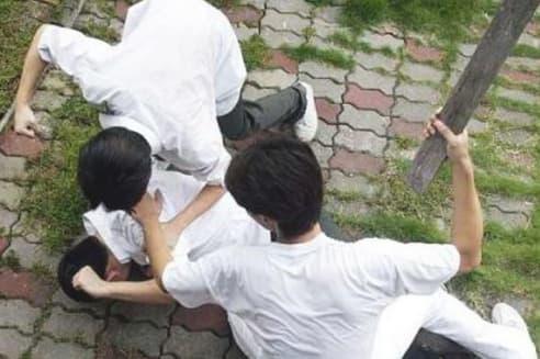 אלימות נוער
